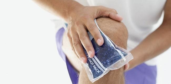اشتباهات رایج استفاده از یخ روی یک ناحیه مصدوم