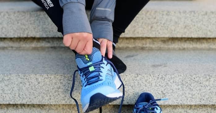 انتخاب کفش مناسب برای پیشگیری از زانو درد