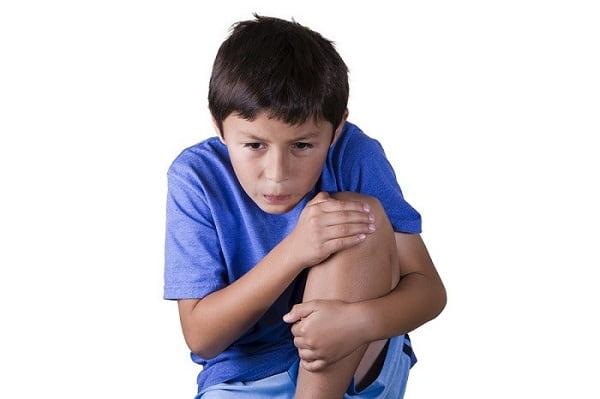 تاندونیت چهار سر ران از علل زانو درد در کودکان