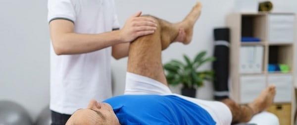 درمان دستی برای درمان پای پرانتزی
