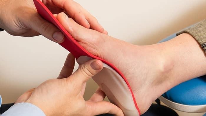 درمان صافی کف پا چیست؟