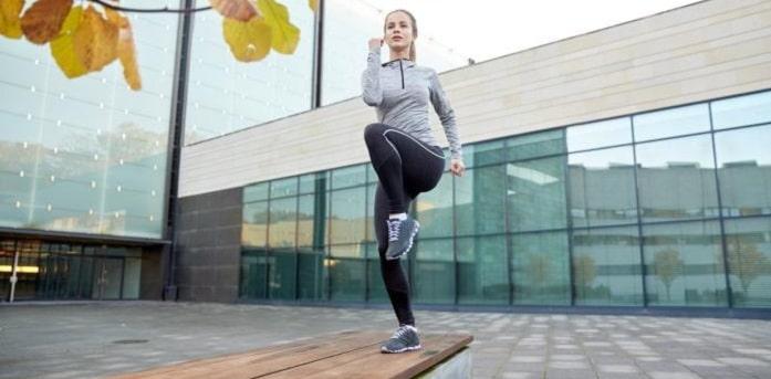 ۱۰ تمرین ورزشی سودمند برای جلوگیری از صدا دادن زانو